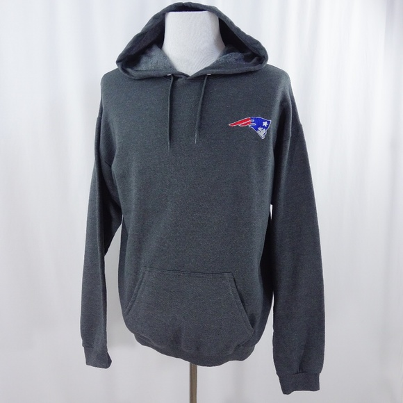 Hanes Other - NFL New England Patriots Gray Hoodie Sweatshirt bfe9e8fa2